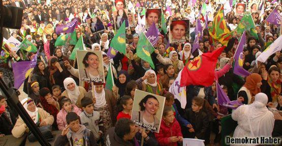 'Türkiye, Suriye Kürdistanı'nda çeteleri silahlandırıyor'