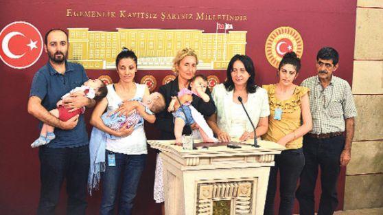 Türkiye'de cezaevlerinde 334 çocuk annesiyle yasıyor