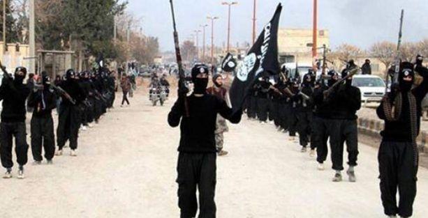 'Türkiye'den iki günde 53 aile IŞİD'e katıldı'
