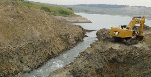 Üçüncü havalimanı için göller denize boşaltılıyor
