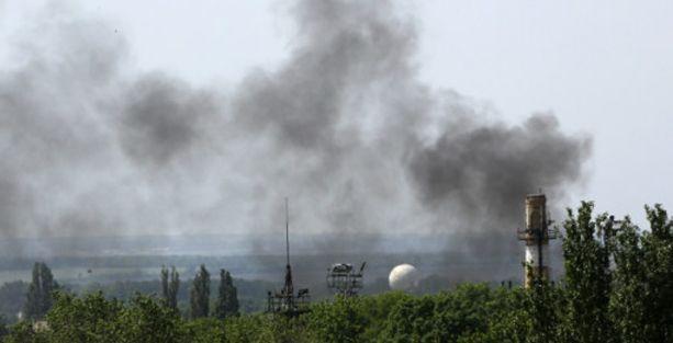 Ukrayna'dan Donetsk havalimanına hava saldırısı