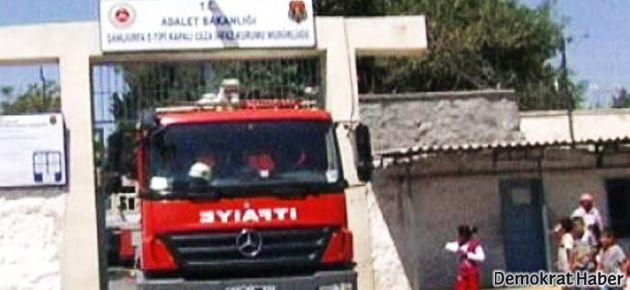 Urfa Cezaevi'nde yine yangın: 1 kişi yaralı