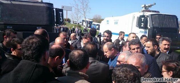 Urla'da 'sıkıyönetim'; HDP'liler geri dönüyor
