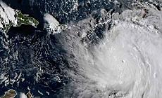 Kategori 5'e yükselen Maria Kasırgası, Karayipleri vurdu