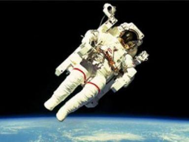 Uzay nasıl kokuyor?
