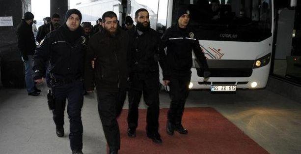 Van'da El Kaide davası: Tutuklu bulunan 6 kişiden 2'si serbest