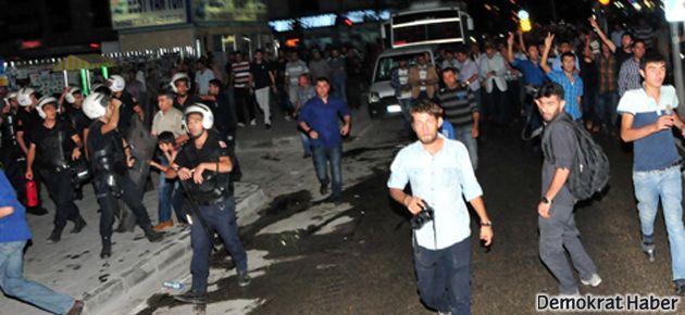 Van'da Öcalan eylemine polis saldırısı