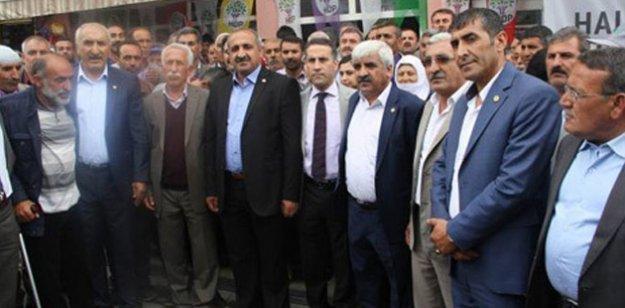 Varto'da AKP'nin bütün üyeleri HDP'ye geçti