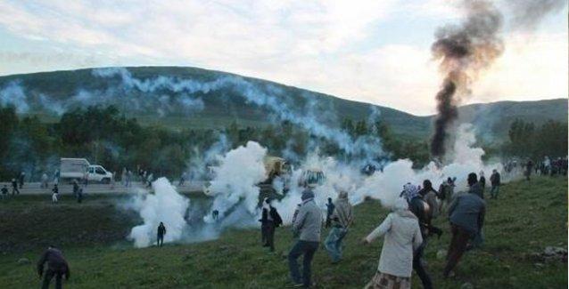Varto'da asker PKK'li gerillanın cenaze konvoyuna saldırdı: 5 yaralı