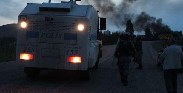 Varto'da yol kapama eylemine müdahale: 4 yaralı