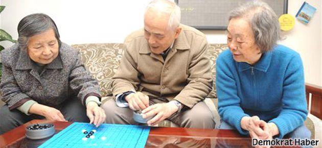 Yaşlıları ziyaret etmeyene hapis cezası