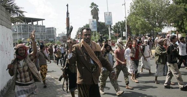 Yemen'de Şii Husiler Taiz'i ele geçirdi