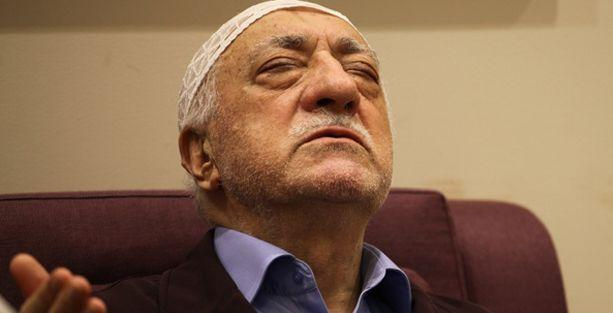 Yeni Akit: Fethullah Gülen tımarhanede yatmış