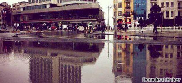 'Yeni' Taksim Meydanı göle döndü