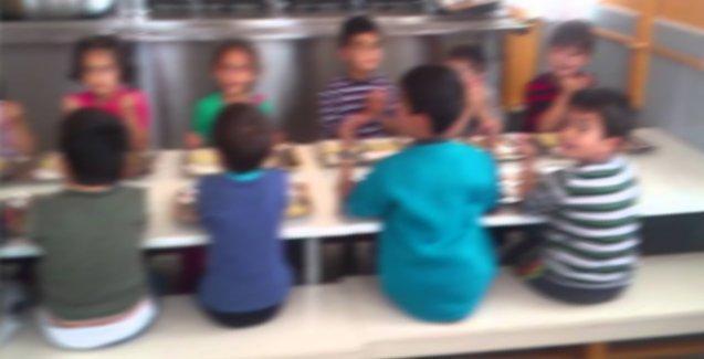 'Yeni Türkiye'de eğitim: Anaokuluna yemek duası, ilköğretime zikirmatik