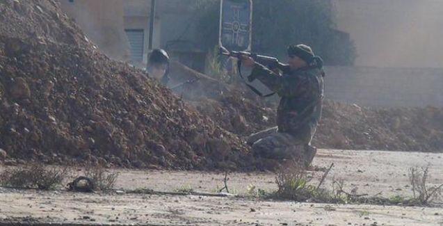 YPG, Esad güçlerine ait bir karakolu ele geçirdi