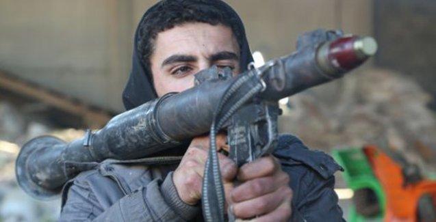 YPG: Kobani'deki hakimiyetimiz pekişiyor; 42 IŞİD'li öldürüldü, 1 tank ele geçirildi