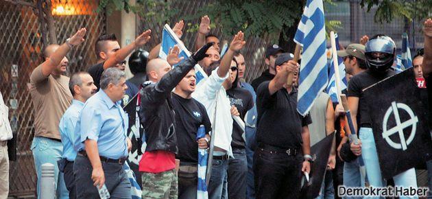 Yunanistan'da Altın Şafak'a misilleme: 2 ölü