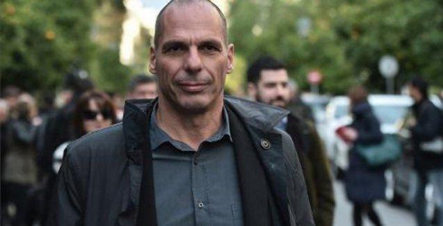 Yunanistan'ın yeni maliye bakanı, danışmanları azaltıp temizlik işçilerini işe geri alacak