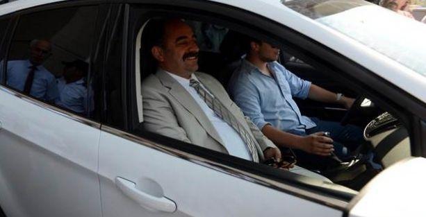 Zekeriya Öz'den Başbakan ve Ala için suç duyurusu
