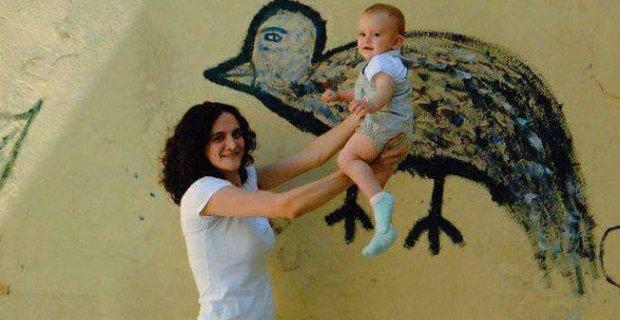 """""""Cezaevlerinde annesinin yanında kalan bebekler doğayı tanımadan büyüyor"""""""