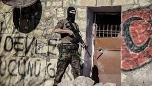 Silvan'da özel harekat duvarlara yazılama yaptı!