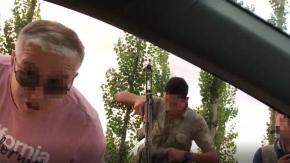 HDP'li vekillerin aracı silahlı kişilerce durduruldu