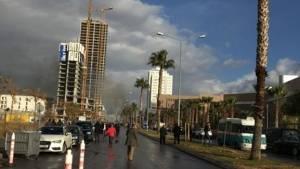 İzmir adliyesinin girişinde bombalı araçla saldırı